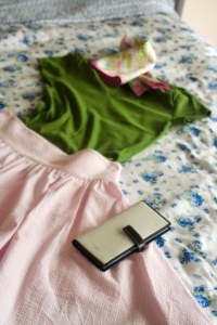 pink_n_green_outfit